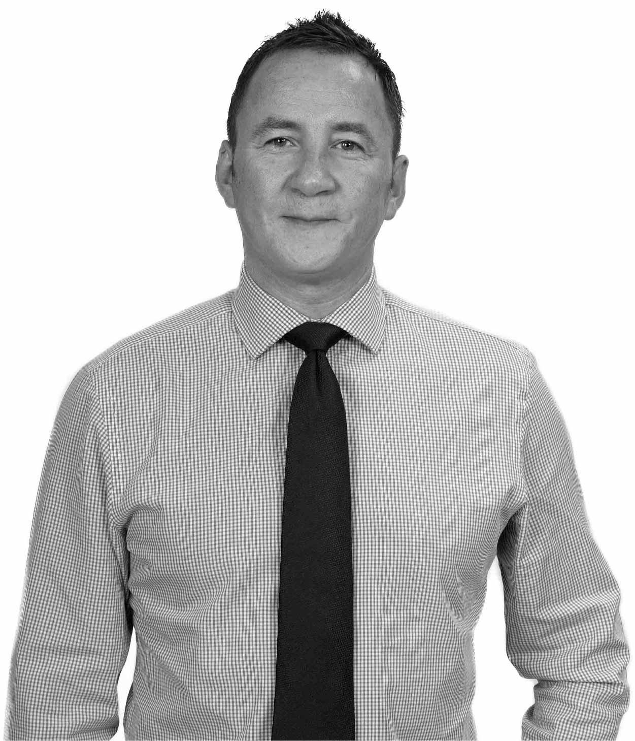Derek Petterson CEO of McLeods Glaziers